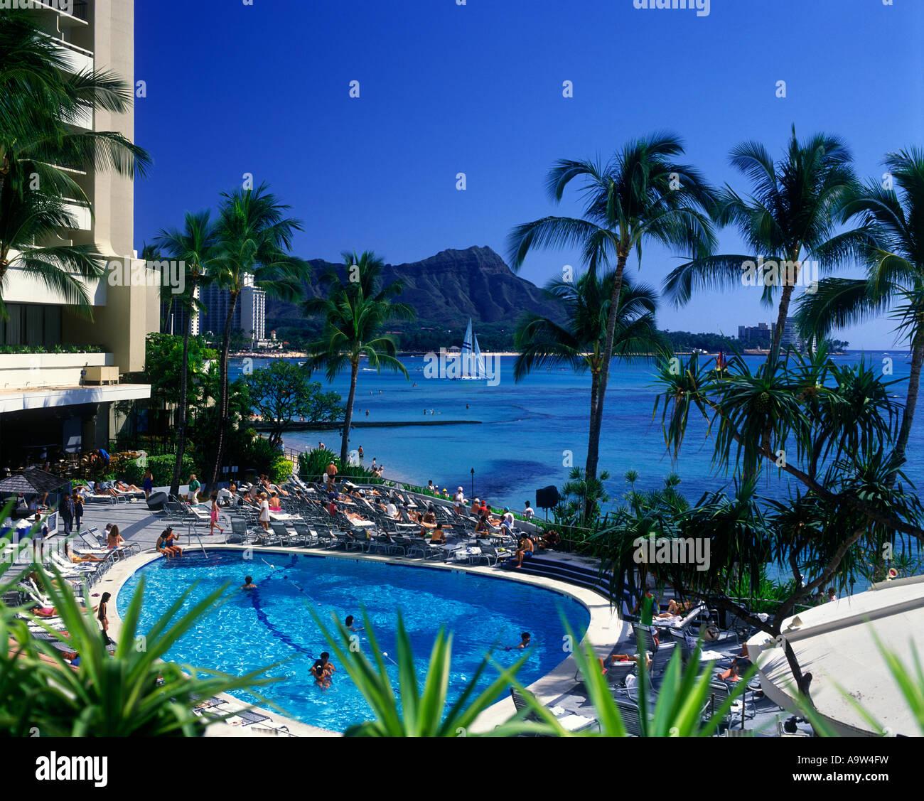 Beach House In Oahu: DIAMOND HEAD FROM SHERATON HOTEL SWIMING POOL WAIKIKI