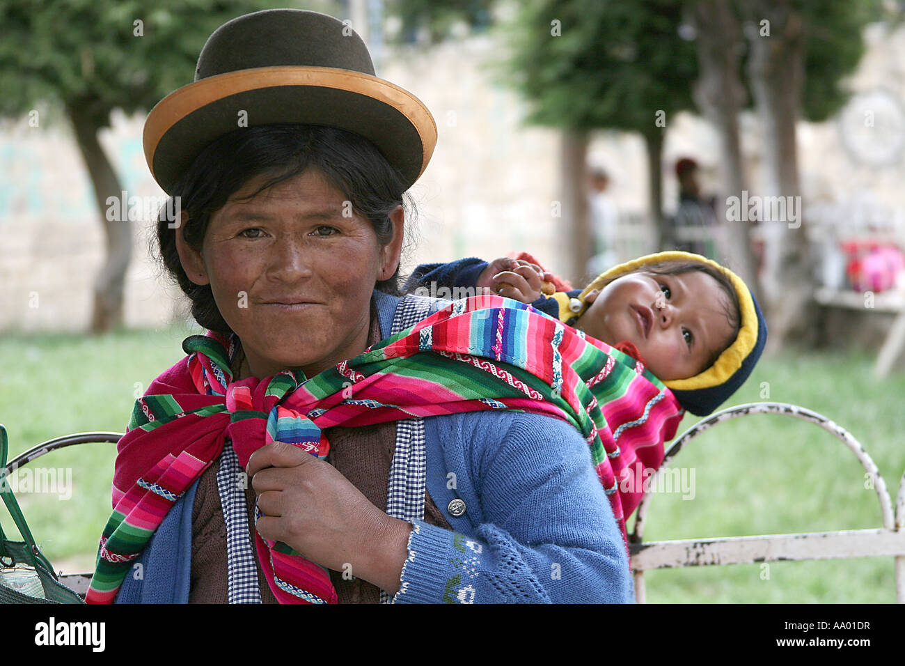 Traditional Bolivian Woman wearing a Bowler Hat ( sombrero ...