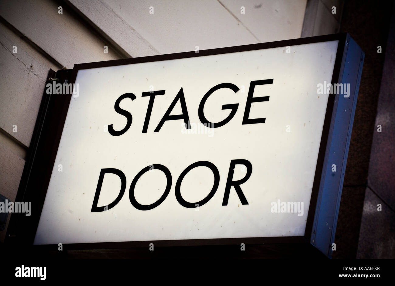 stage-door-sign-outside-theatre-in-londo