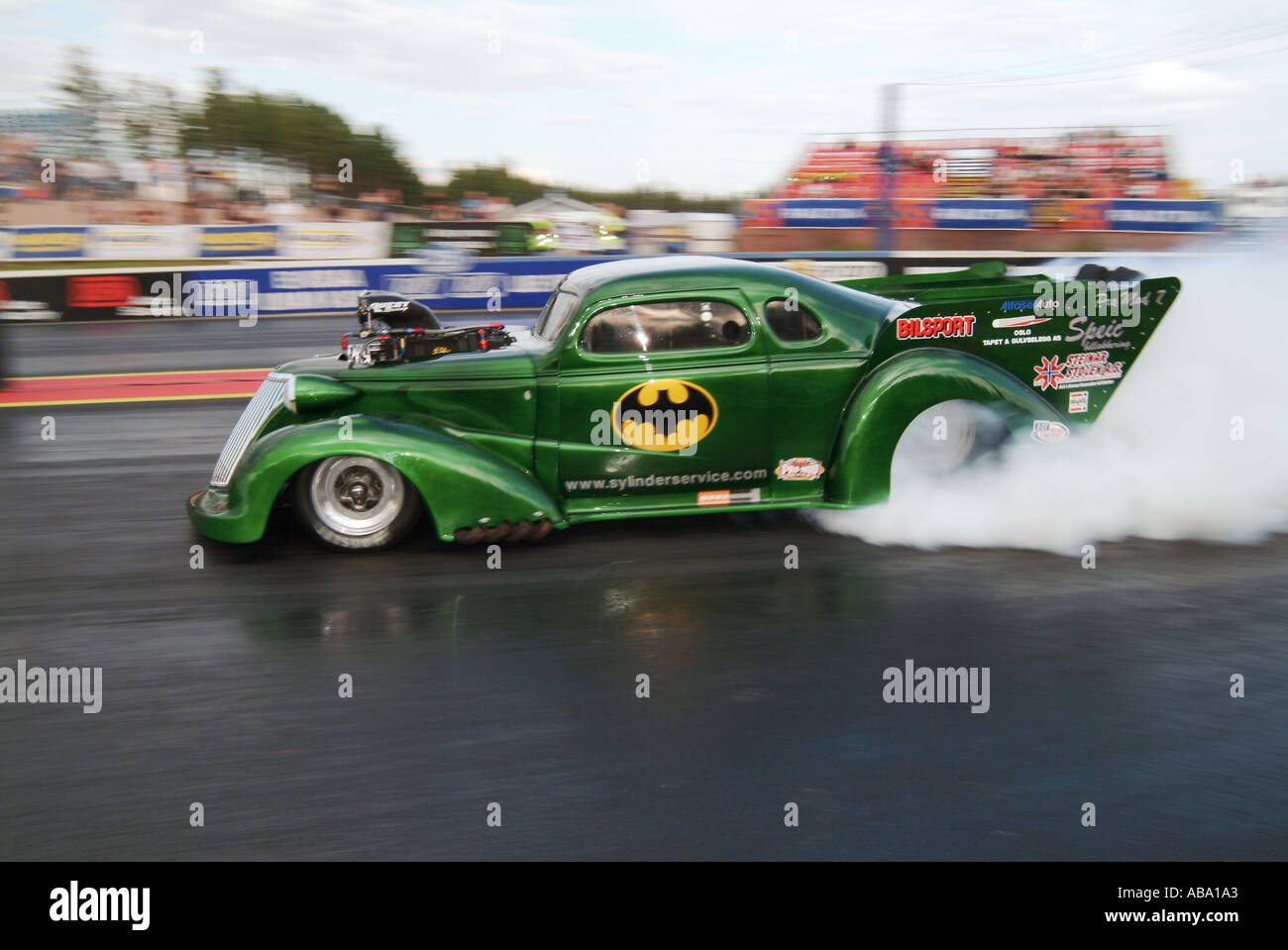 1939-chevy-pro-modified-dragster-burning