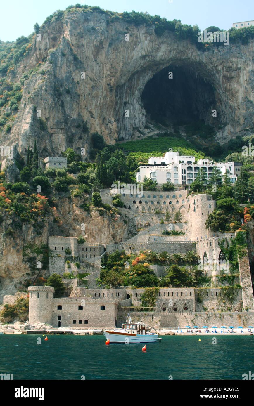 Amalfi Coast Hotels On The Beach