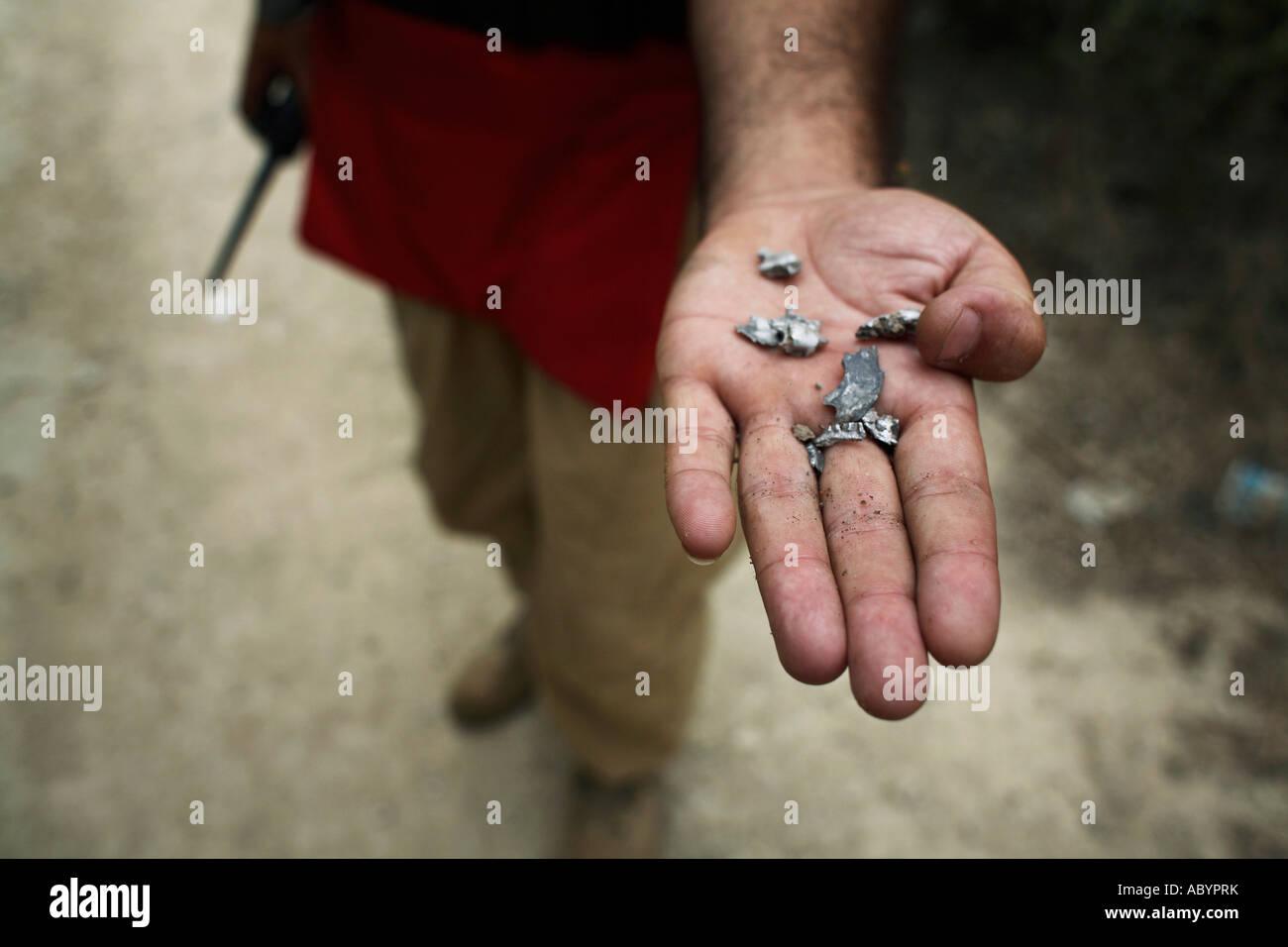 10-05-07-lebanon-small-pieces-of-shrapne