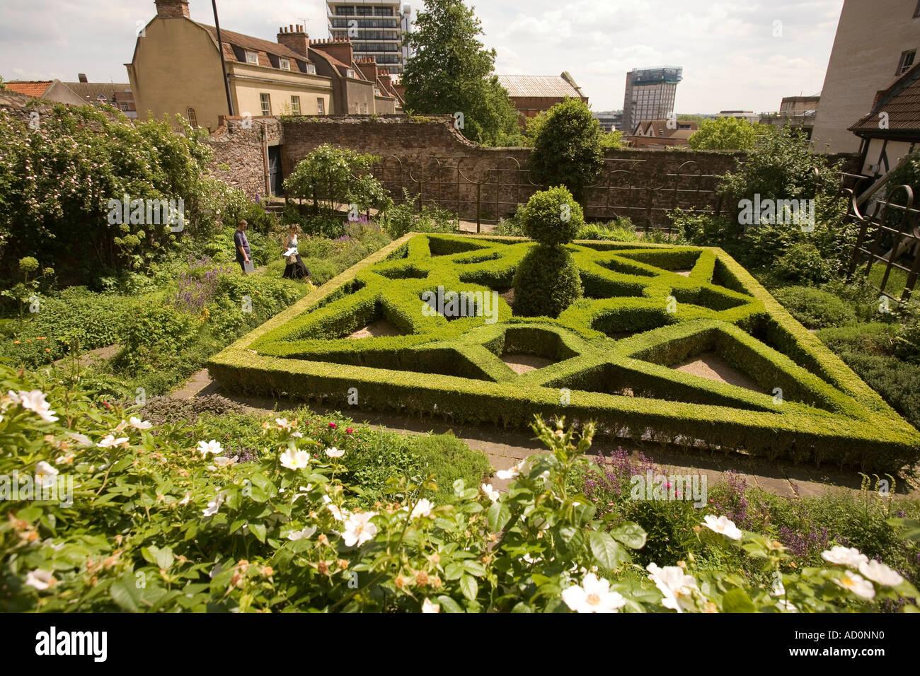 England bristol west end park row red lodge tudor knot for Tudor knot garden designs