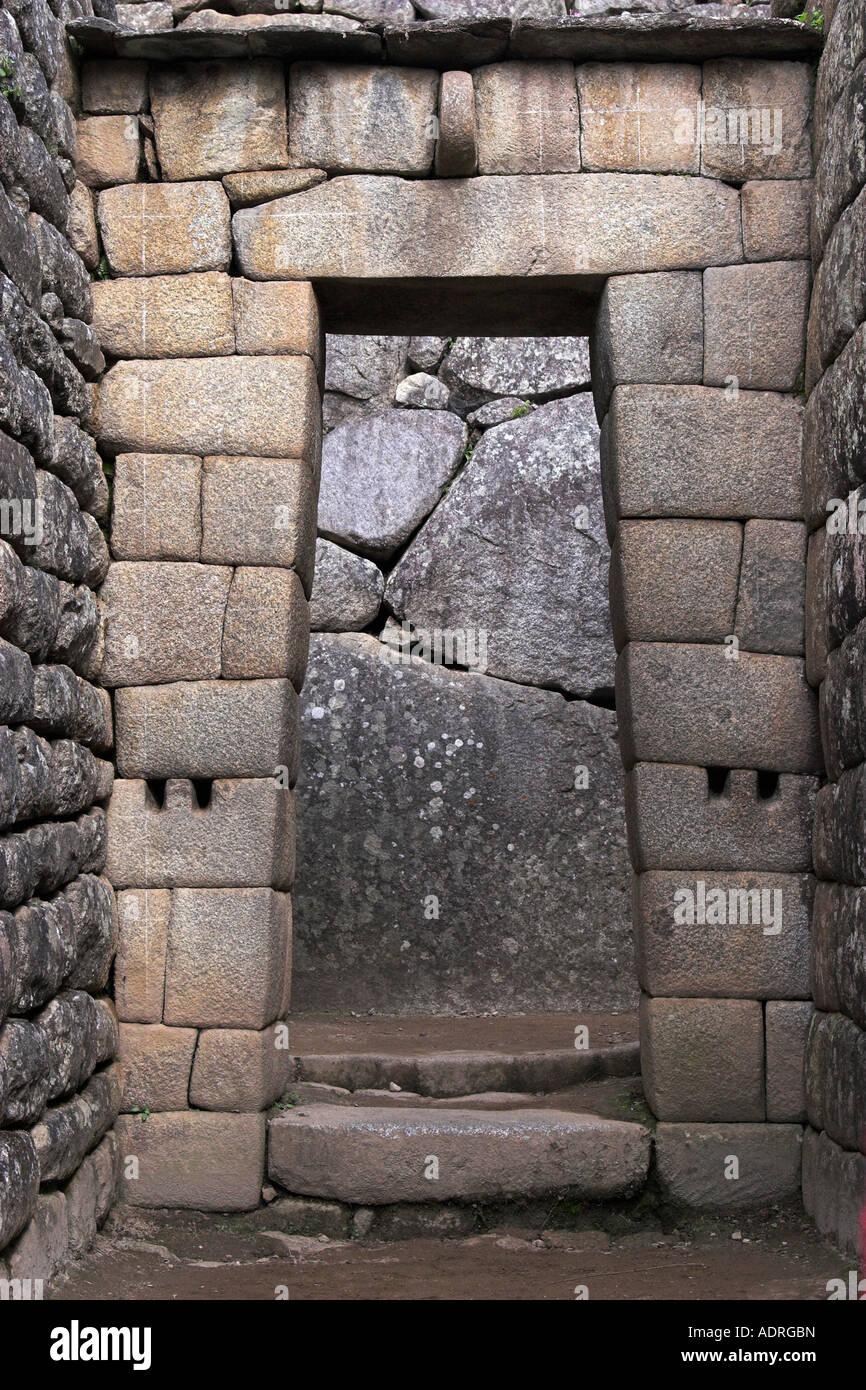 Inca ruins trapezoidal stone door machu picchu peru for Door of stone