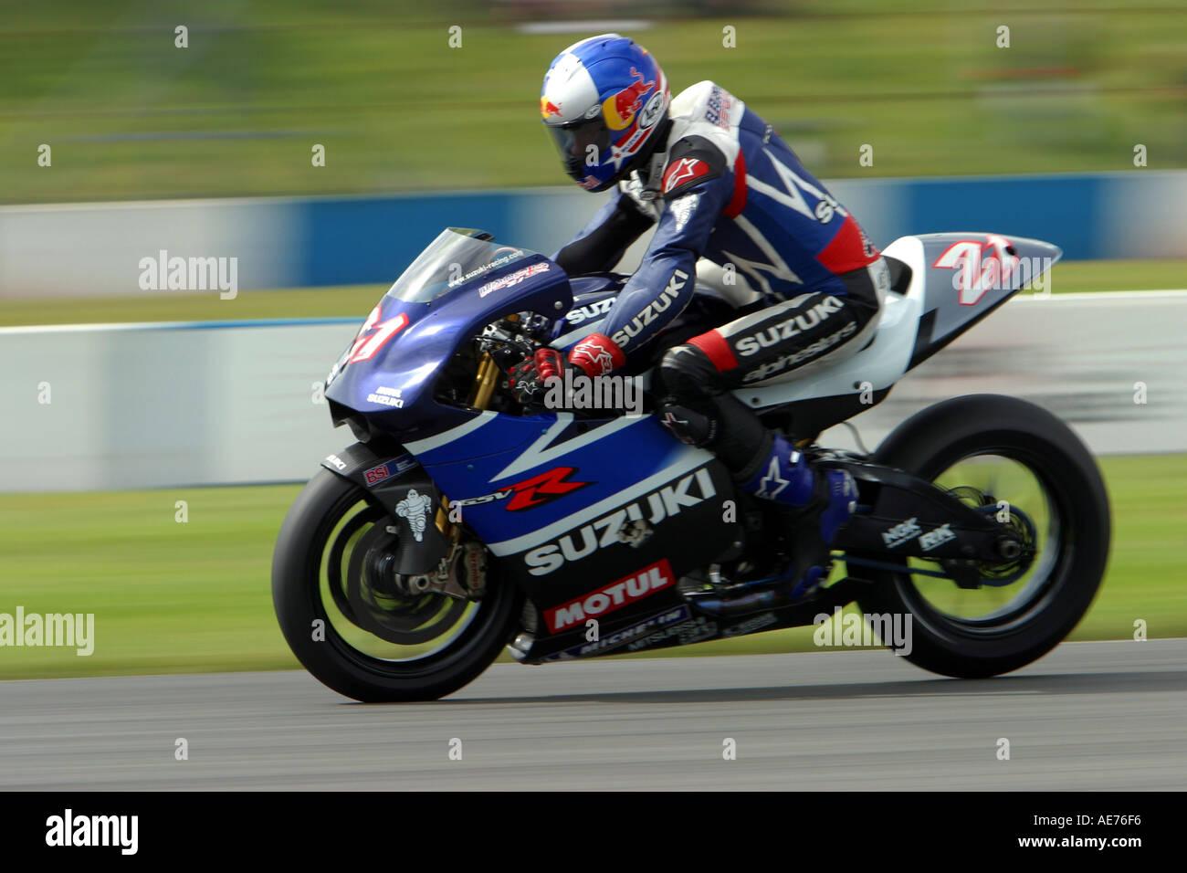 John Hopkins Suzuki rsv1000 hard on the brakes at Speed in 2003 Stock Photo, Royalty Free Image ...