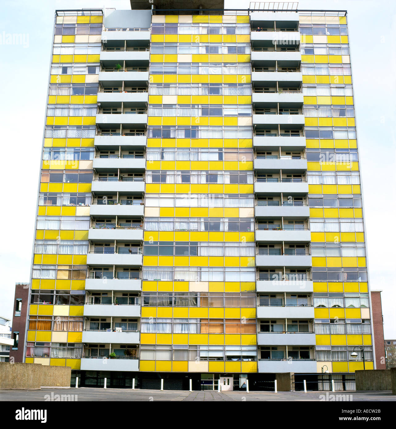 Exterior view of Great Arthur House apartment building on the Golden Lane Estate before restoration to the facade Stock Photo