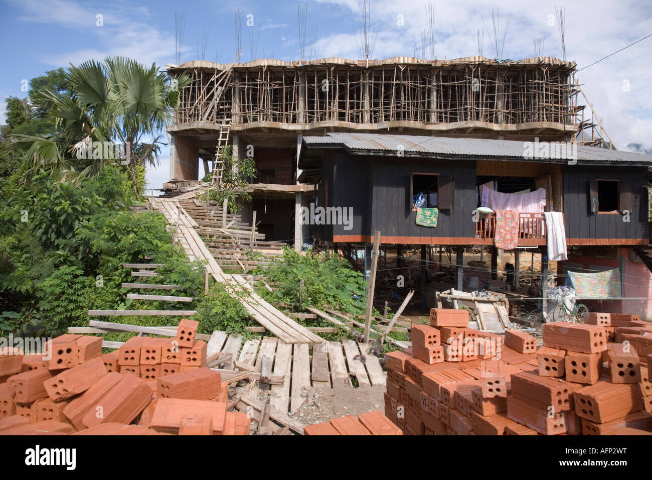 Guest House Construction : Hotel or guest house under construction in vang vieng