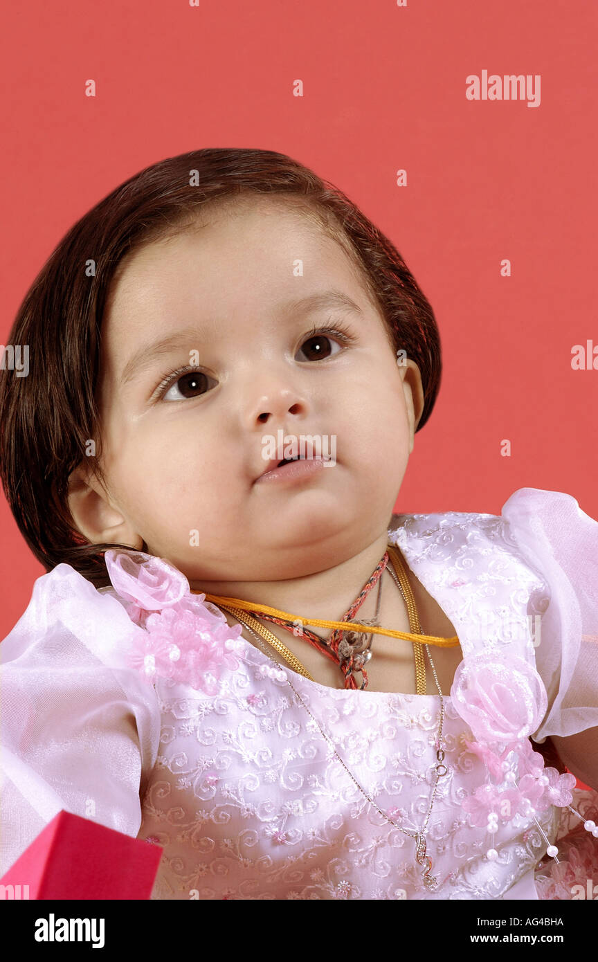 Hma79245 South Asian Indian Small Baby Girl Child In