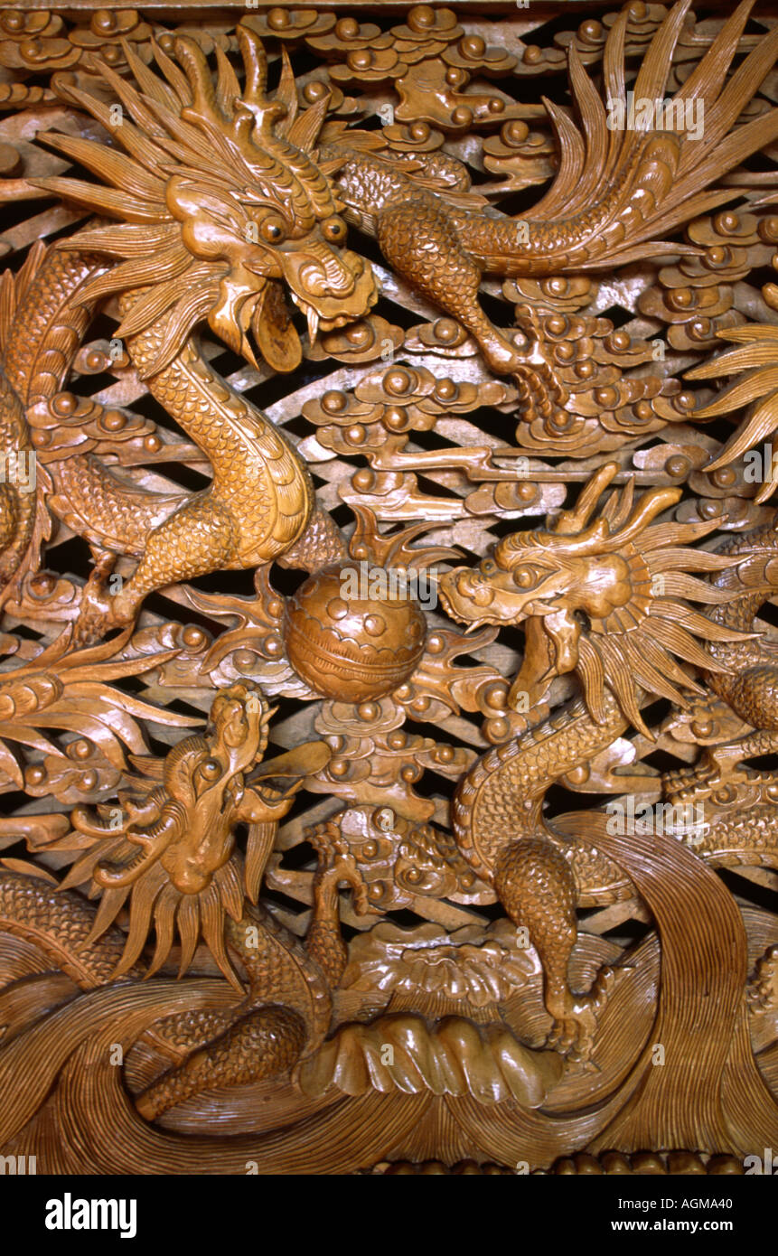 China Yunnan Lijiang Old Town Carved Wooden Dragon Panel