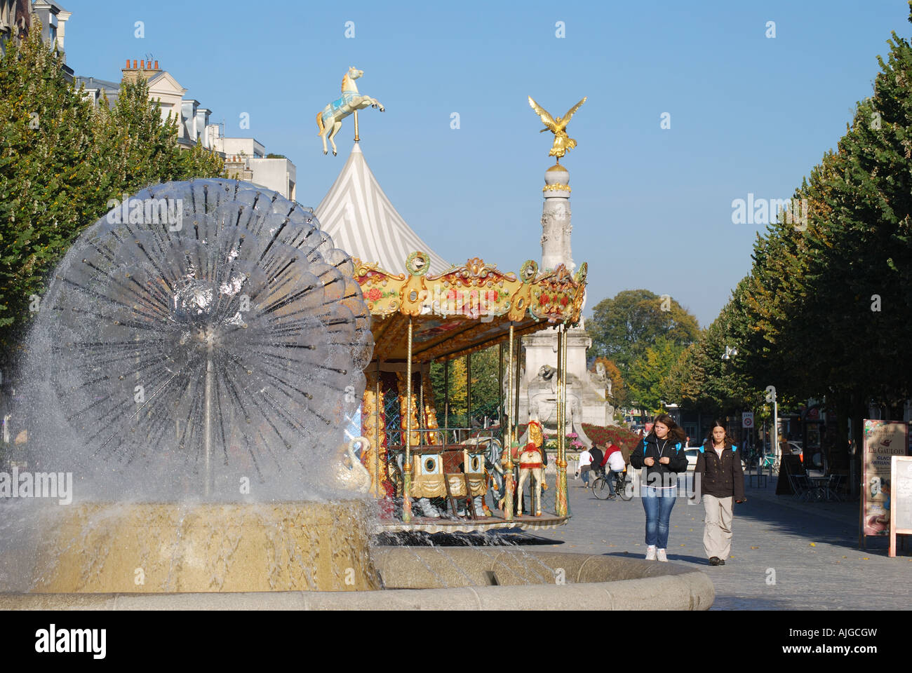 Place drouet d 39 erlon reims marne champagne ardenne for Champagne marne