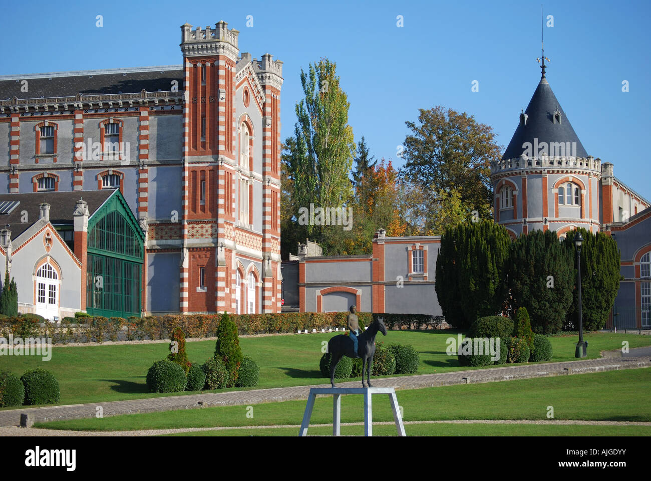 Champagne house domaine pommery monopole reims marne for Champagne marne