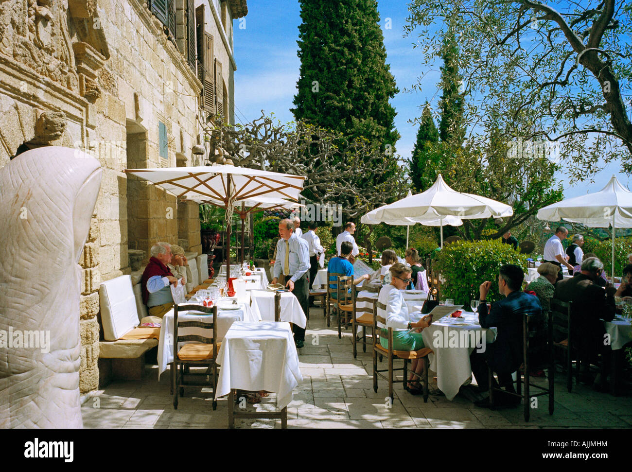 Restaurant Colombe D Or Saint Paul