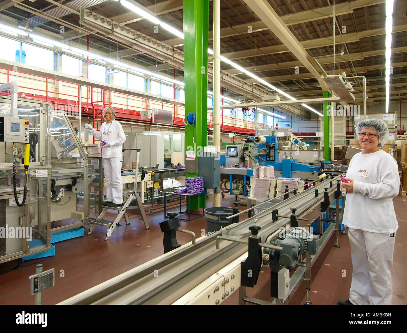 Women working in Mentos candy factory of Perfetti van ...