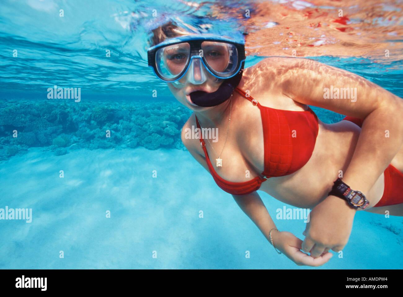 women scuba diving Nude underwater