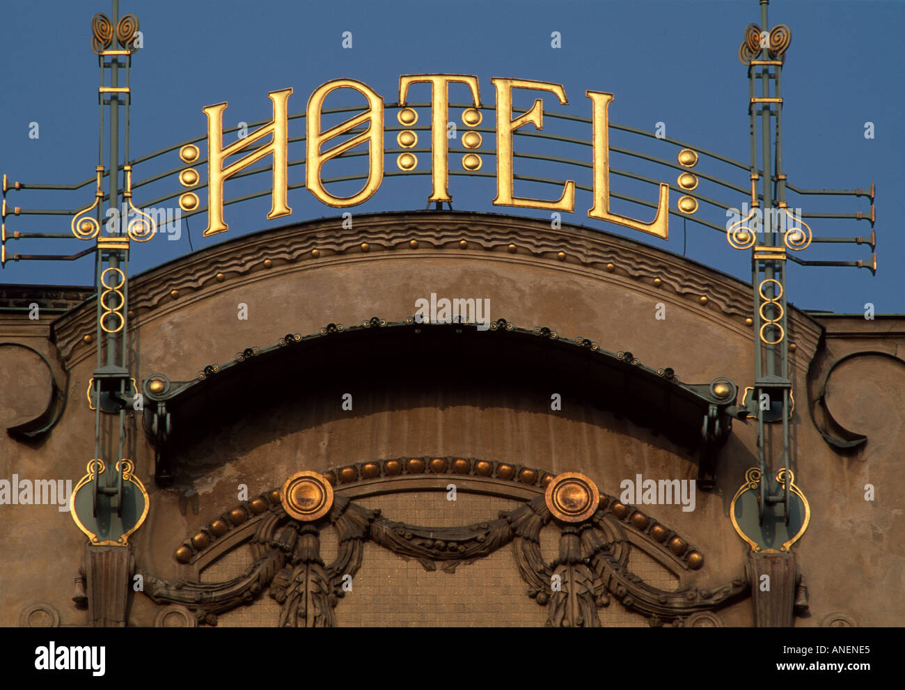 Grand hotel europa wenceslas square prague 1903 1906 for Hotel europa prague