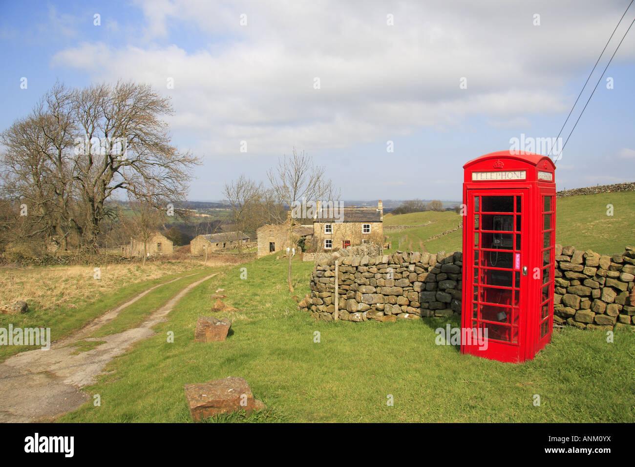 phone-box-at-ilton-near-masham-yorkshire