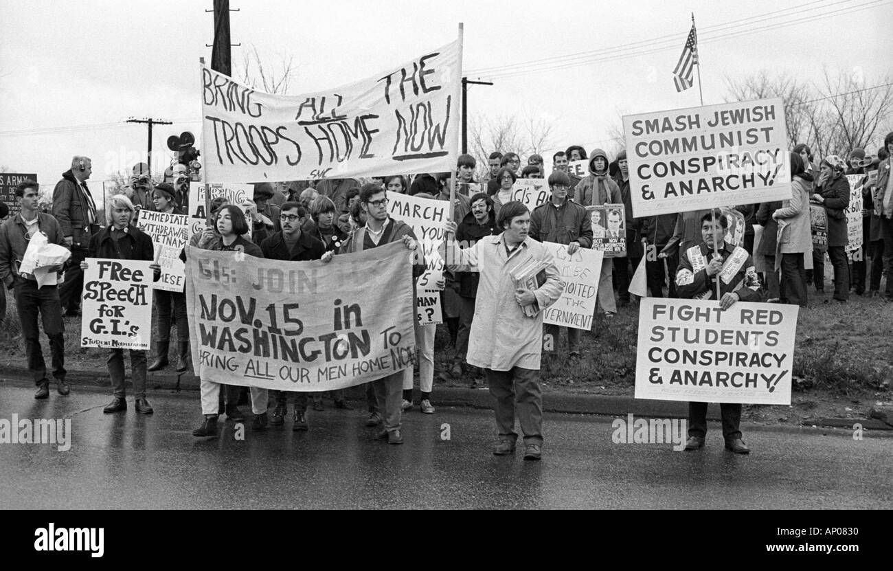 account of the protests against vietnam war in america American tactics the americans tried to win the war from the air their tactics were brutal and they turned the vietnamese against them with their lack of sensitivity to the innocent civilians.