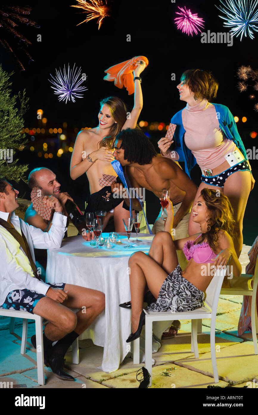nude female strip poker
