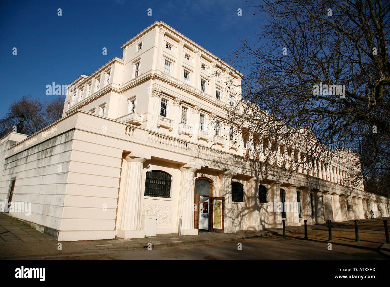Institute of contemporary arts ica on carlton house for 18 carlton house terrace in st james