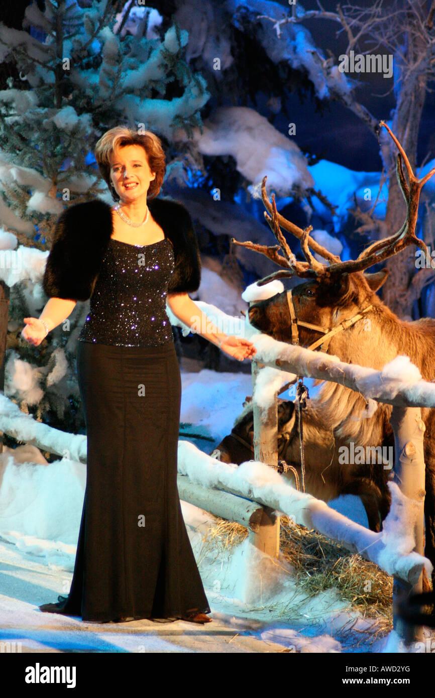 singer monika martin at weihnachtsfest der volksmusik. Black Bedroom Furniture Sets. Home Design Ideas