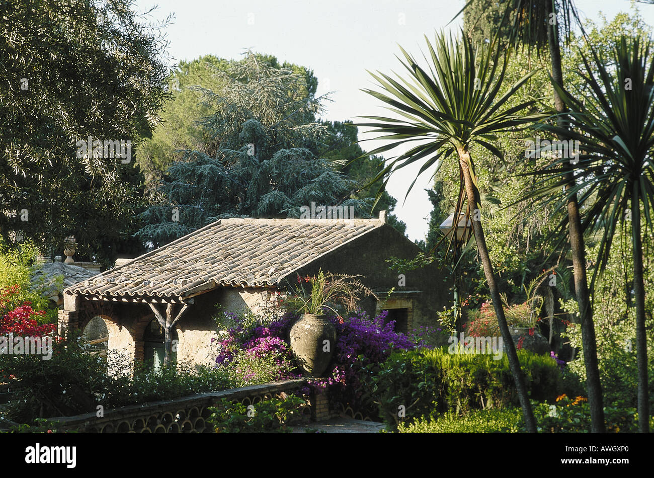 Italy sicily northeast sicily taomina tiled roof for Does new roof affect appraisal