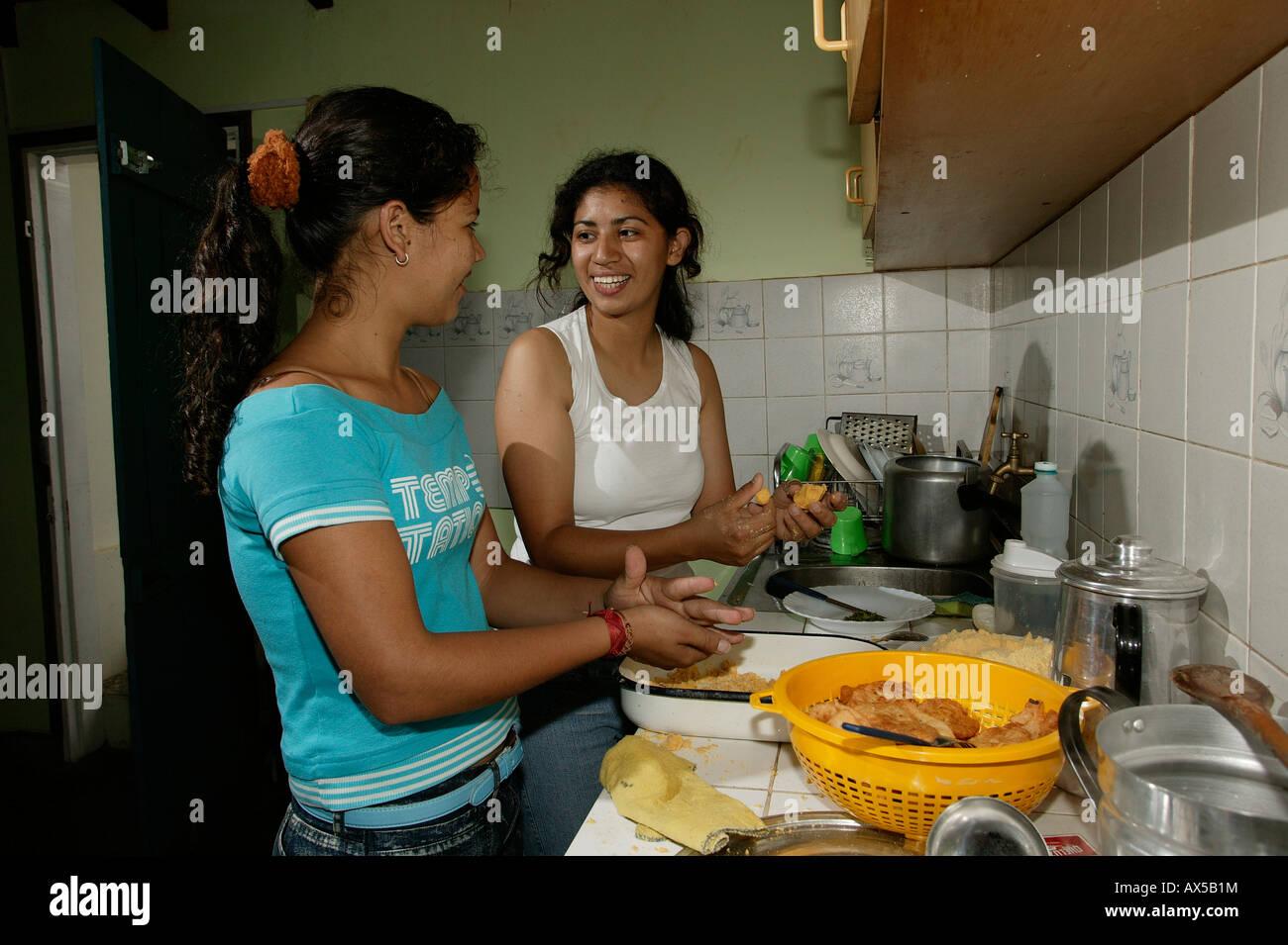paraguayan women - photo #34