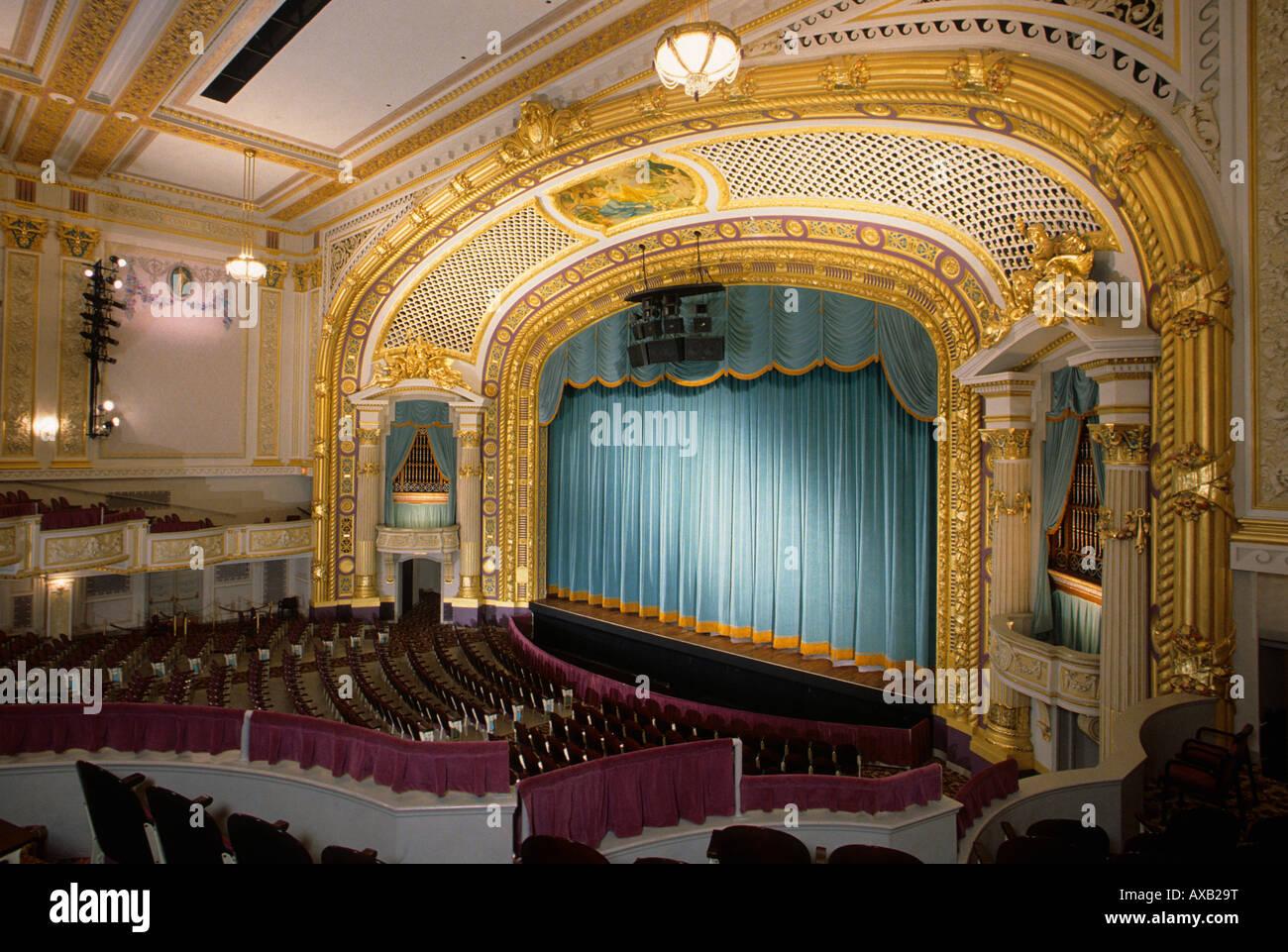 Movie theatre mpls