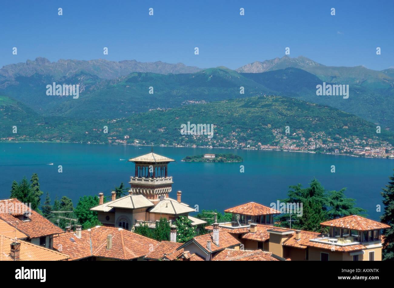 View from stresa lake maggiore italian lakes piemonte for Stresa lake maggiore