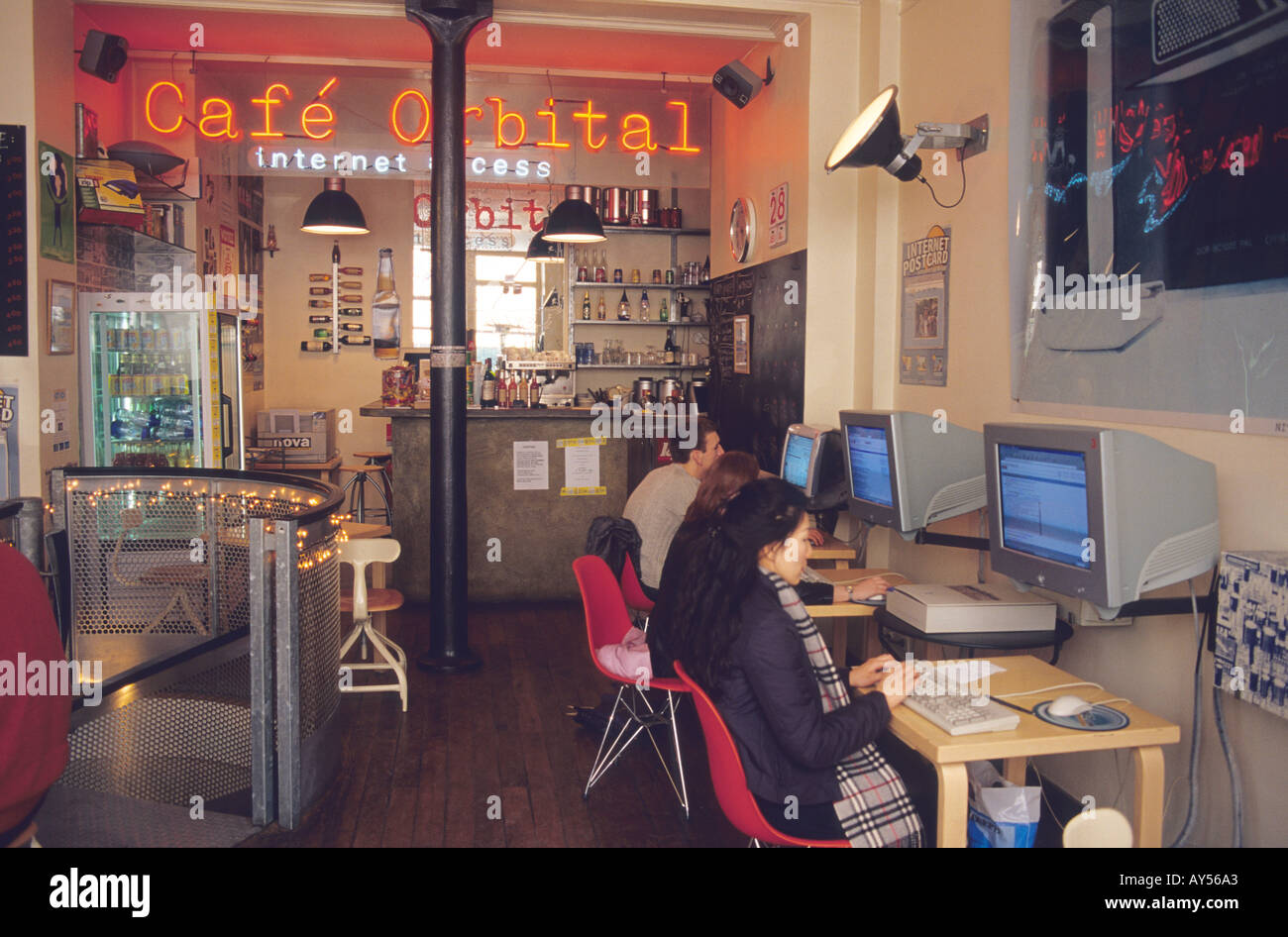 Internet Cafe Paris France