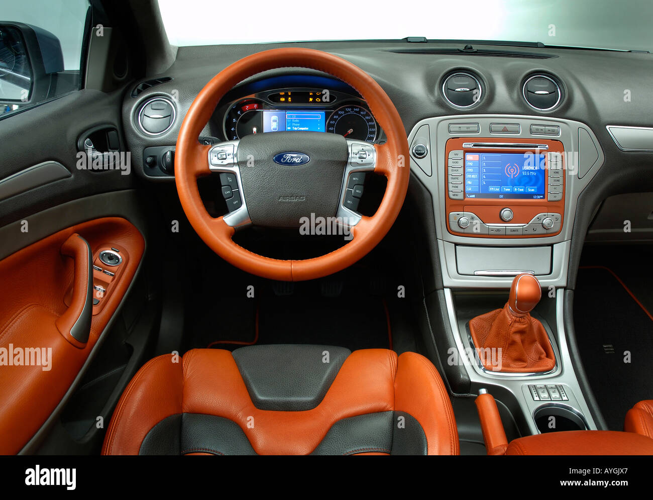 Ford mondeo concept interior 2006 stock photo royalty free image 9773606 alamy - Ford mondeo interior ...