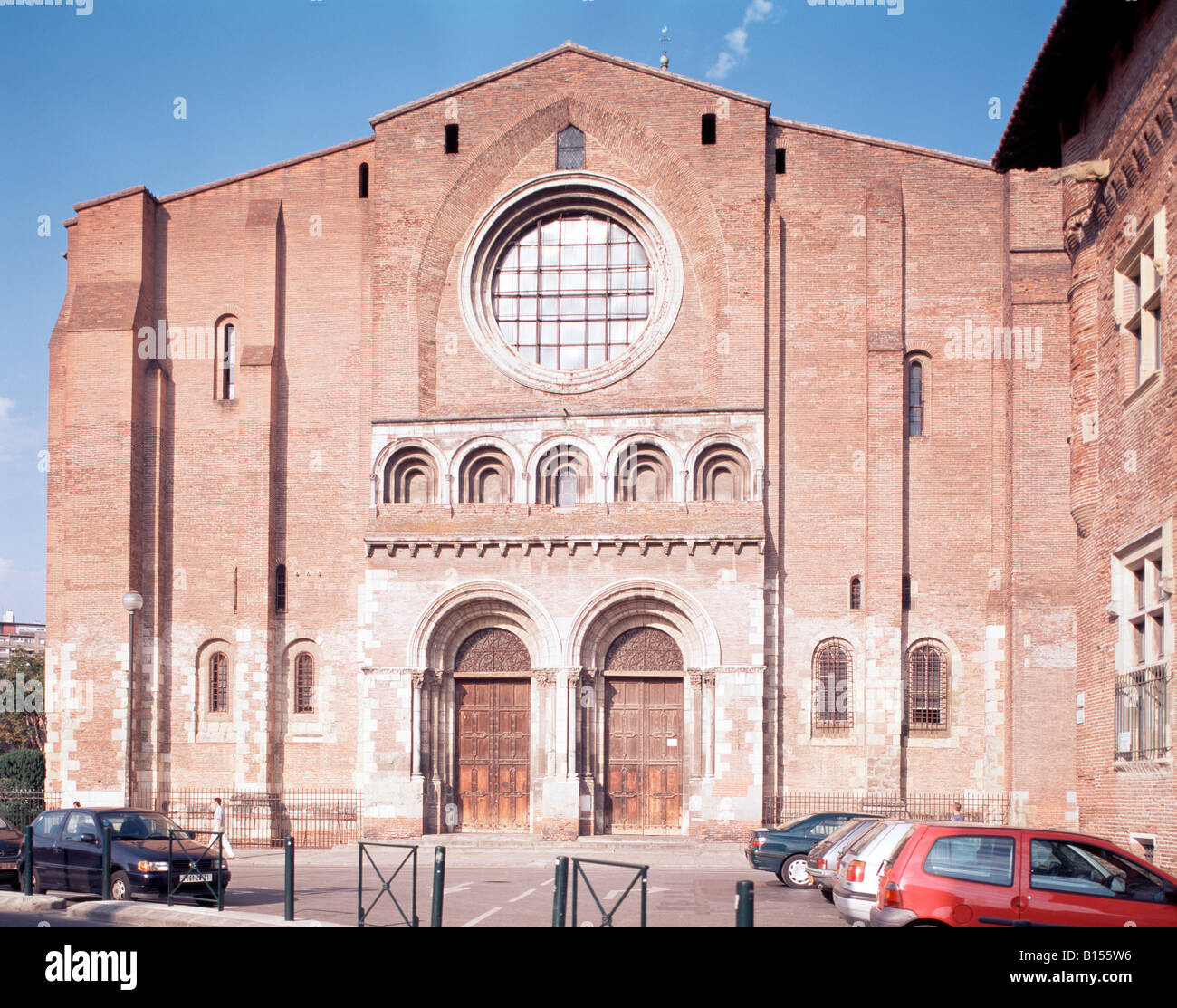 toulouse basilika basilique saint sernin ext facade ouest stock photo royalty free image. Black Bedroom Furniture Sets. Home Design Ideas