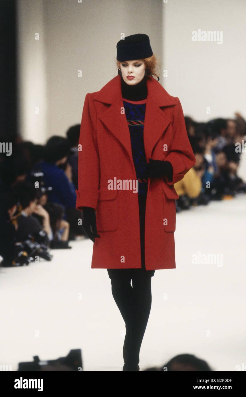 Fashion Fashion Show Pret A Porter Paris Yves Saint
