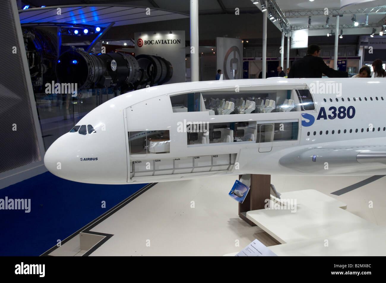 1st class airbus a380 mock up farnborough air show 2008 for Airbus a380 interior