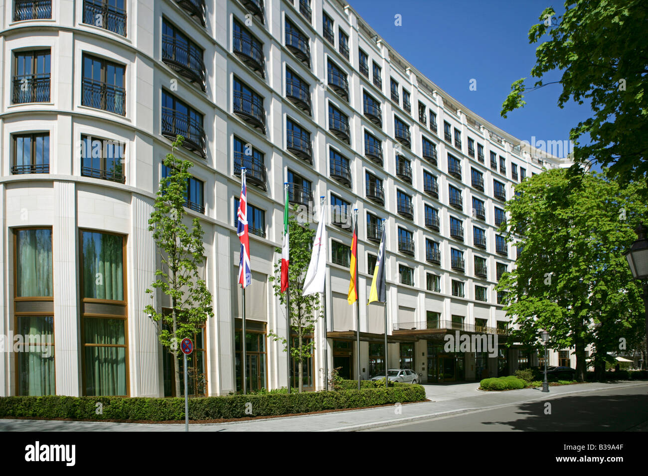 5 sterne the charles hotel in m nchen 5 star hotel in munich stock photo 19259871 alamy. Black Bedroom Furniture Sets. Home Design Ideas