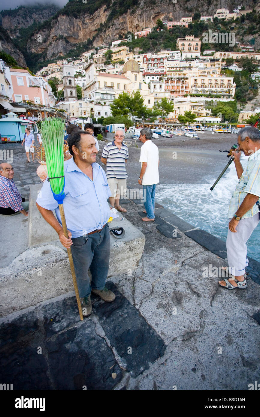 People fishing on the public dock in positano on the for Videos of people fishing