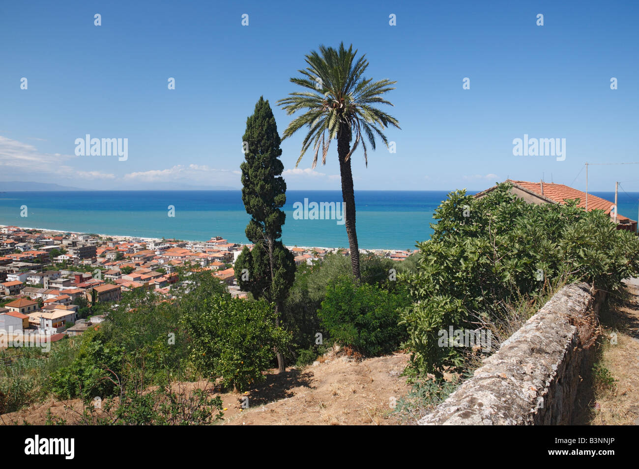 stadt am meer panoramablick auf nicotera marina kalabrien italien stock photo royalty free. Black Bedroom Furniture Sets. Home Design Ideas