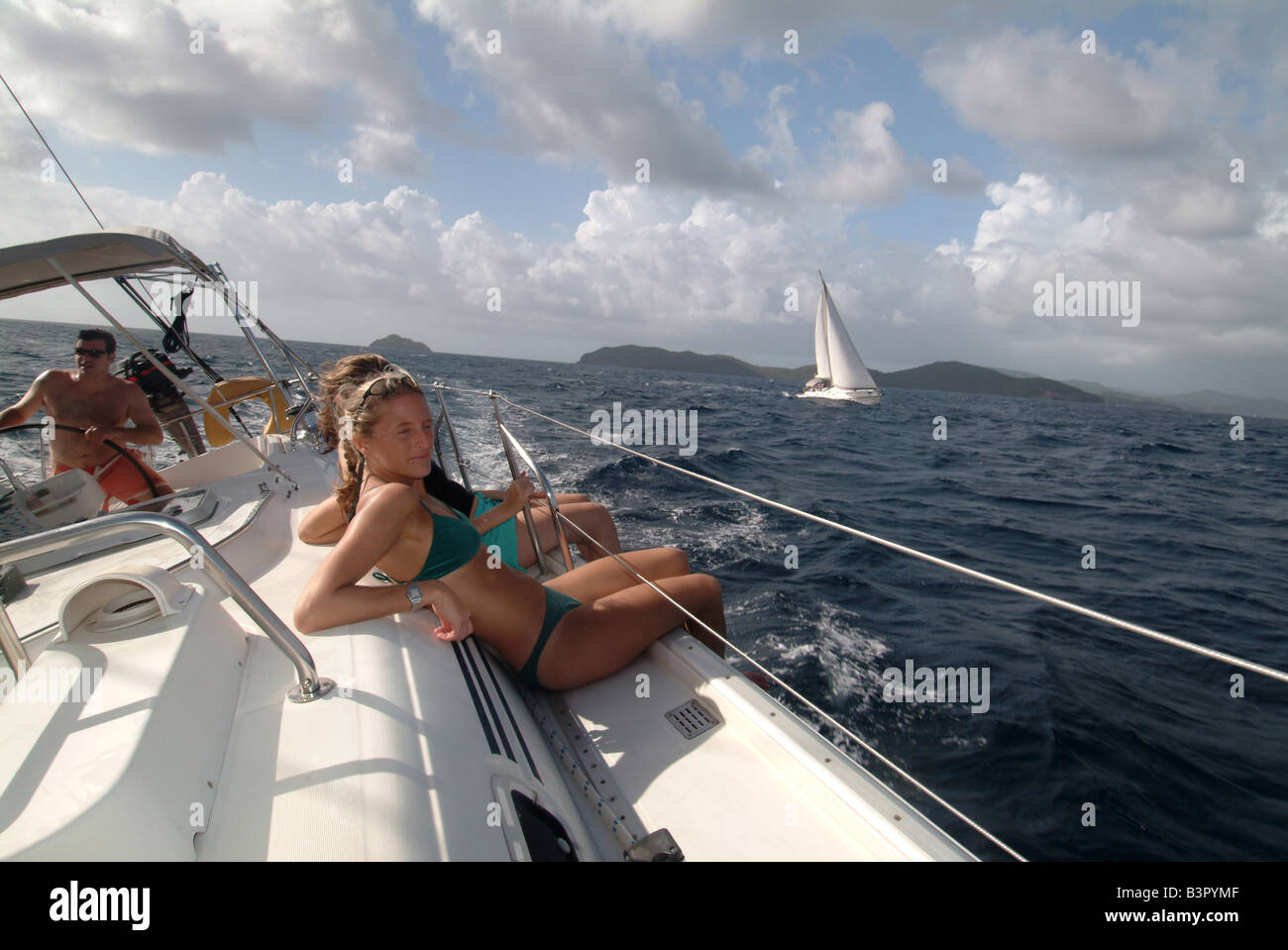 caribbean-west-indies-grenadines-sailing
