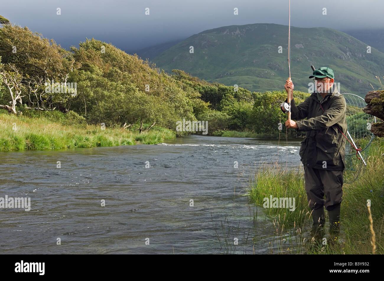 scotland-hebrides-mull-a-salmon-fisherma