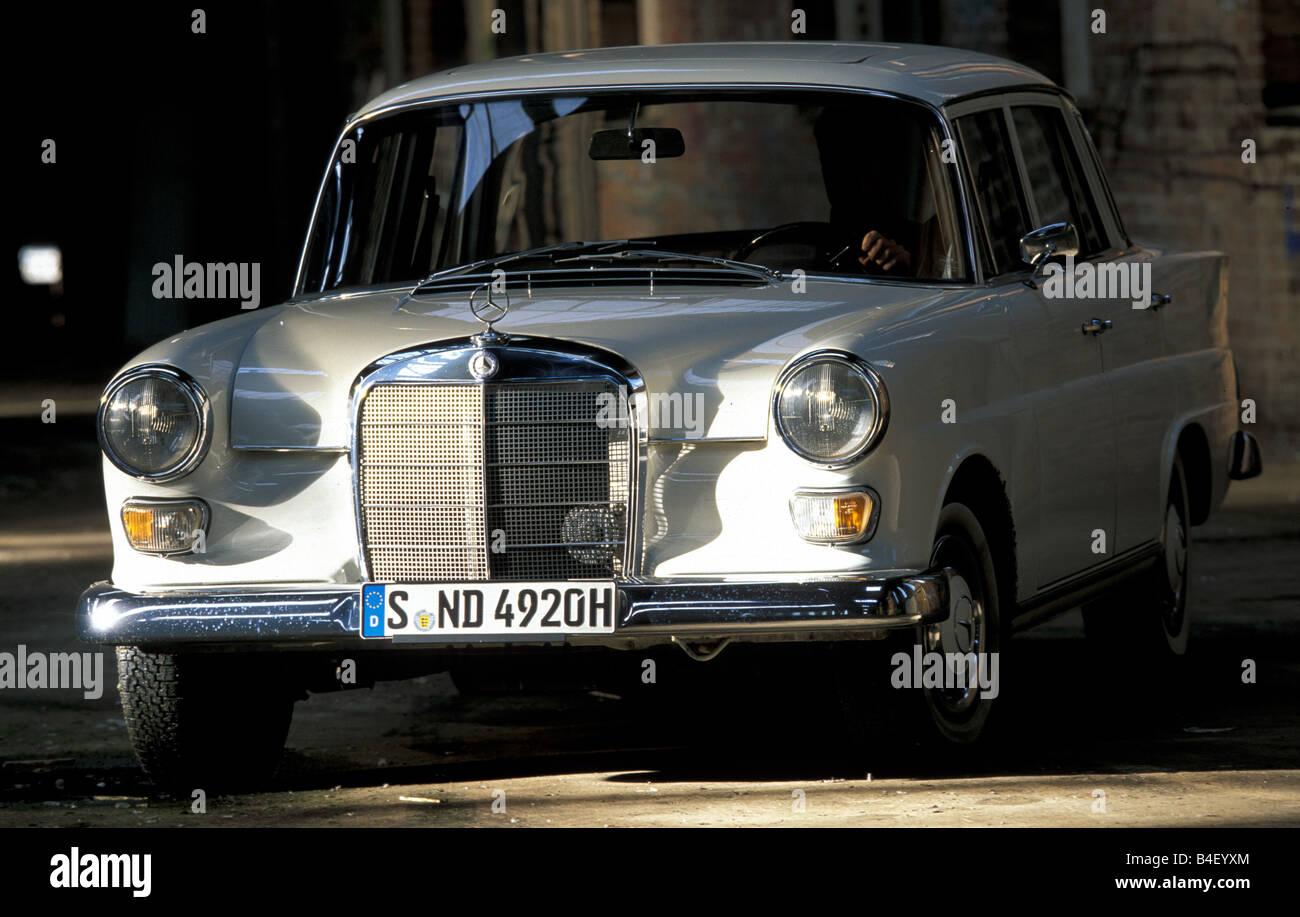 Car mercedes benz 200 tailfin tail fin sedan vintage for Mercedes benz retro