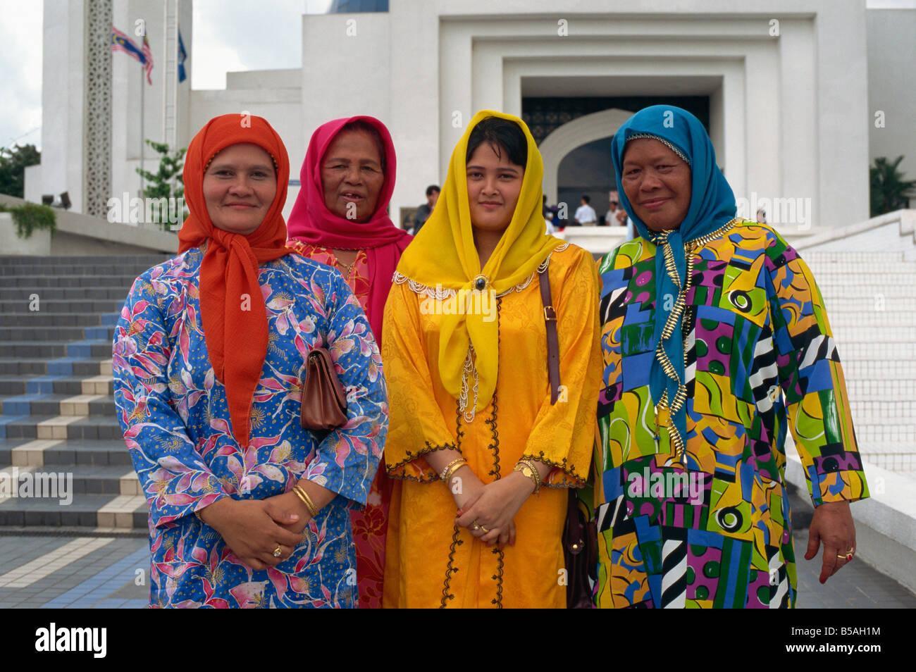 Traditional Malaysian Clothing
