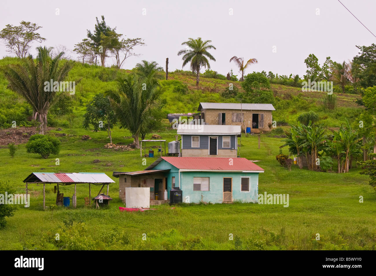 Cayo district belize rural homes near san antonio for Rural home builders