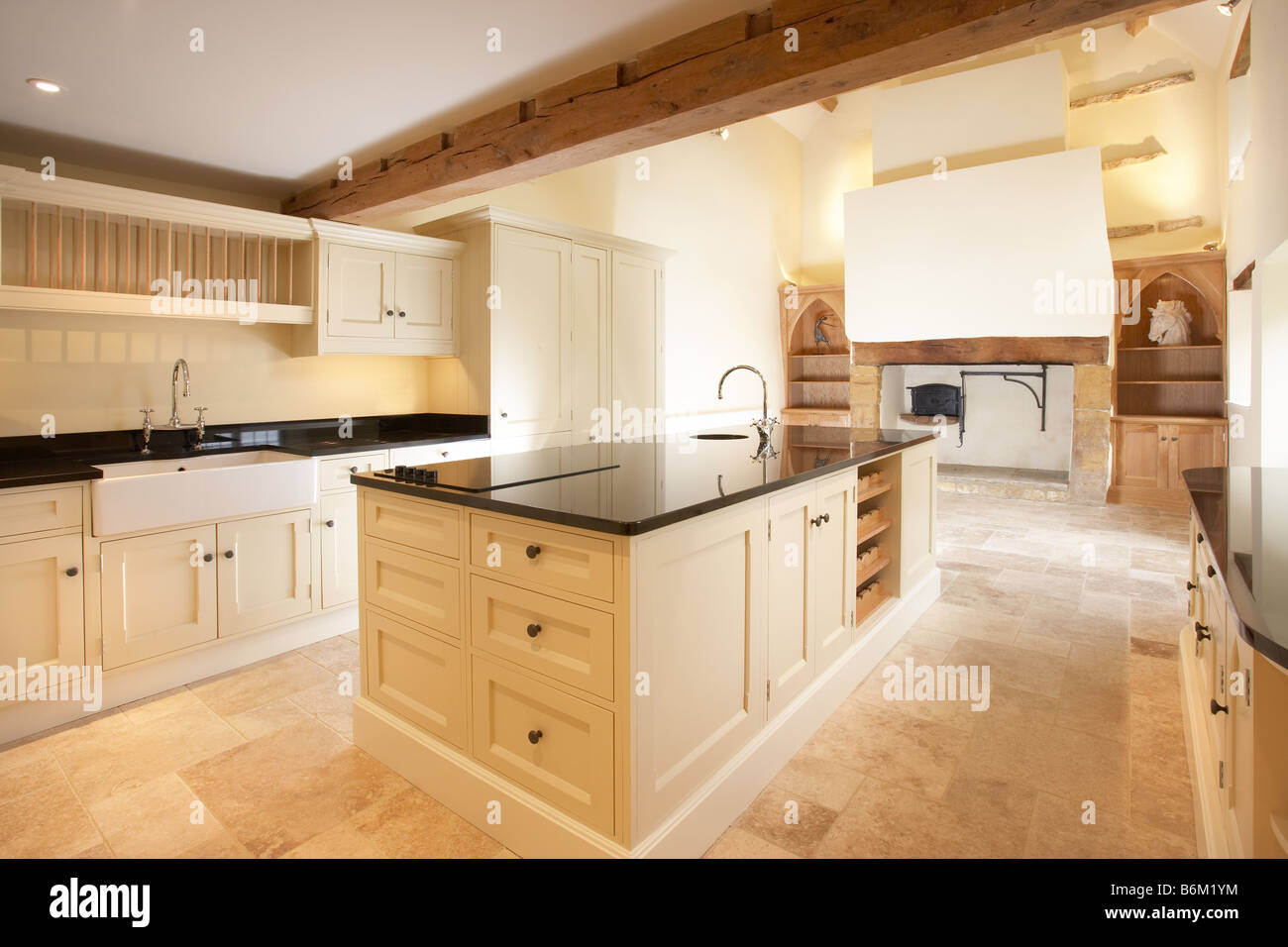 Modern cream quaker style kitchen in old house with for Quaker kitchen design