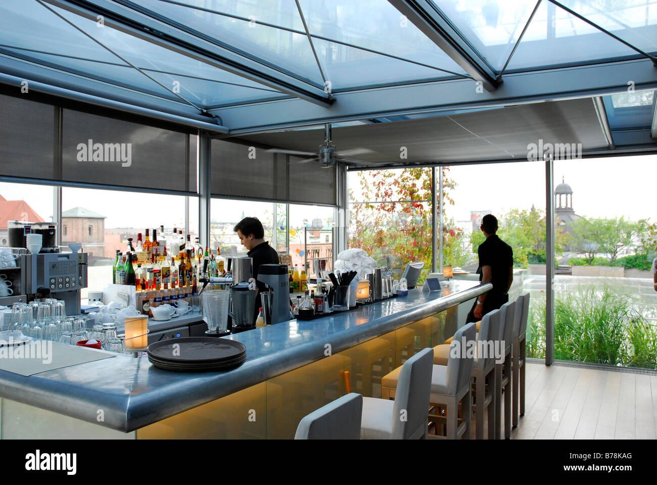 Hotel bayerischer hof at promenadeplatz square bar cafe for 211 roof terrace cafe