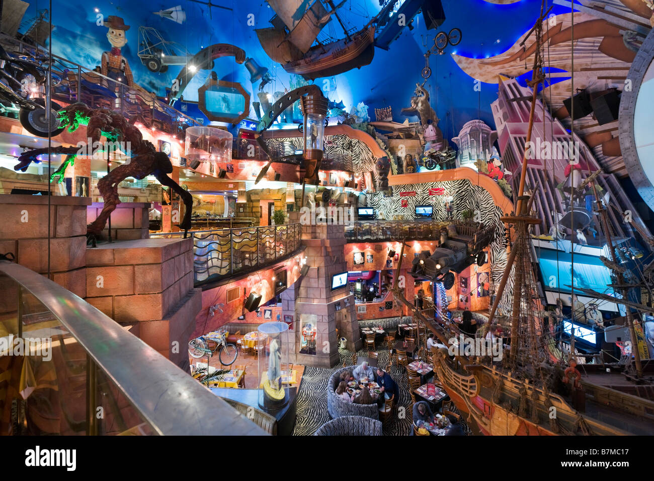 Interior Of Planet Hollywood Restaurant Downtown Disney Lake Buena Stock Ph