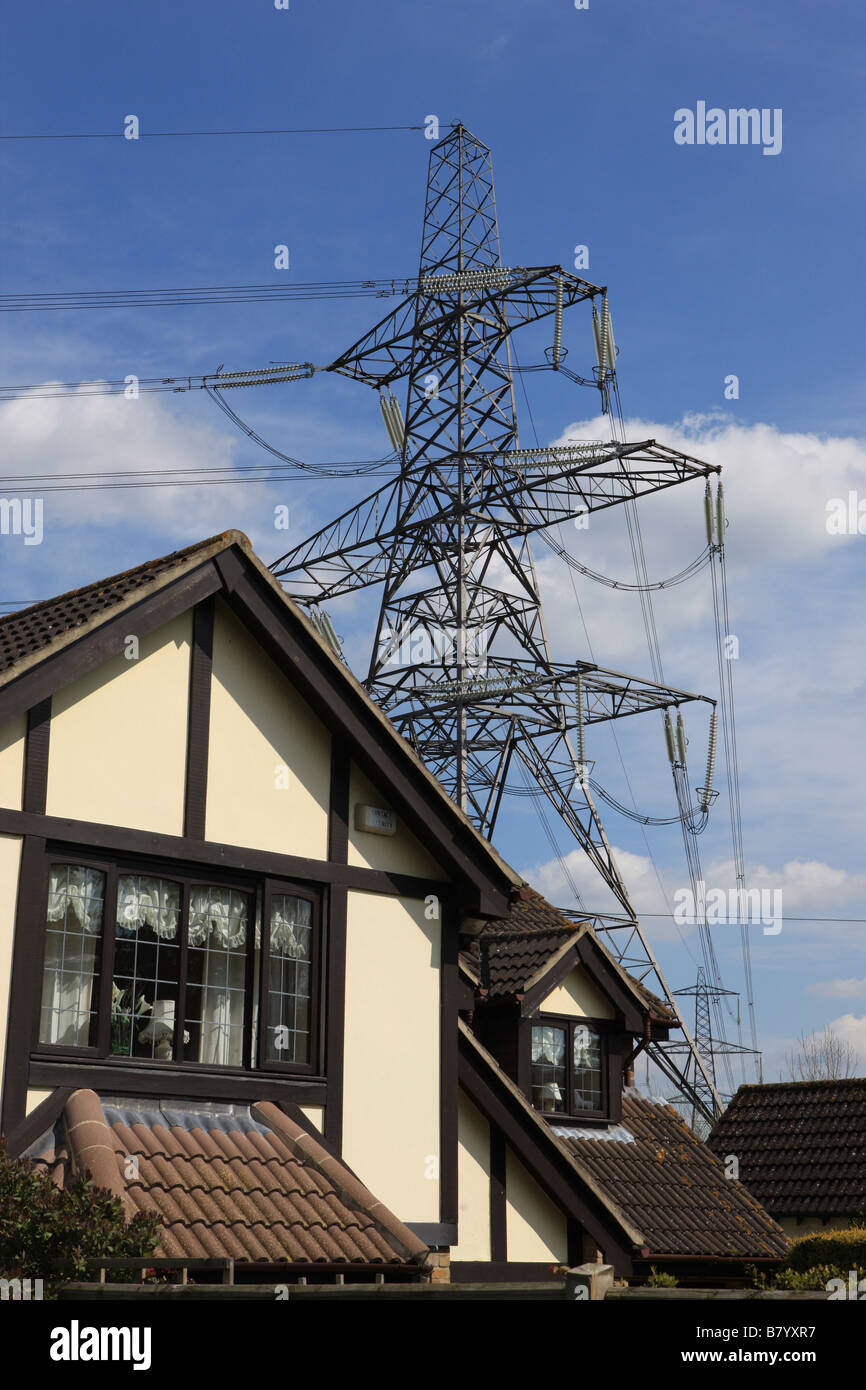 Power Lines And A Pylon Over A House At Oxford Stock Photo ...