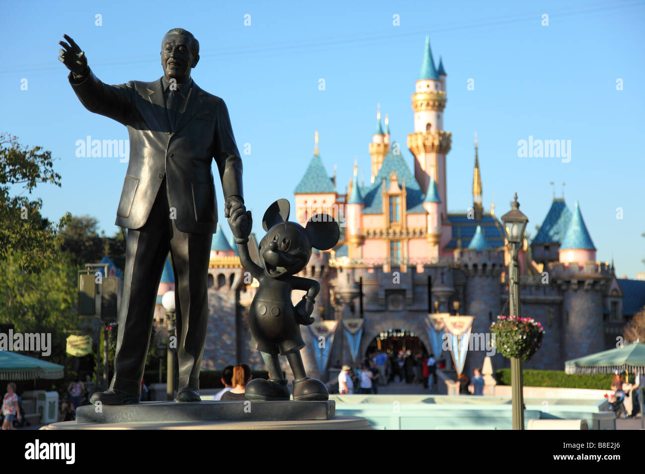 Walt Disney And Mickey Mouse Statue At Disneyland
