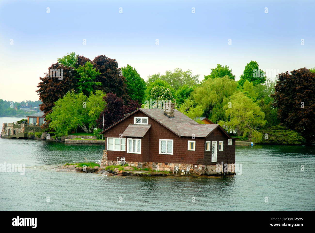 Homes On The  Island St Lawrence River