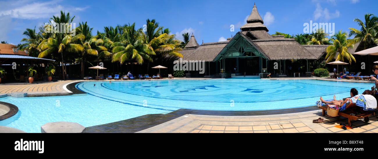Blue bay mauritius island swimming pool of shandrani hotel for Swimming pool mauritius