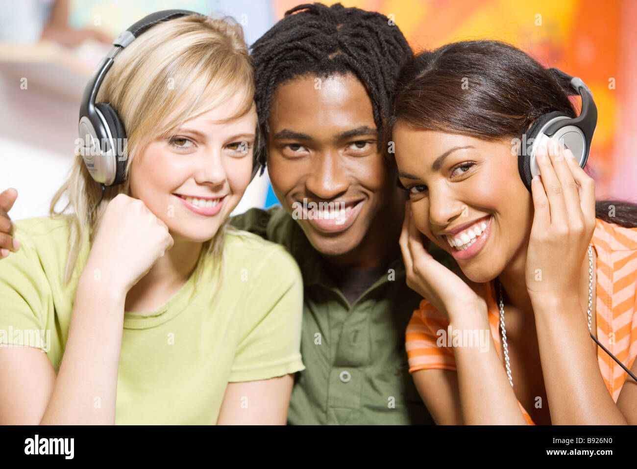 youth culture in a young adults life In urban centres, media culture and its predominant messages permeate almost all aspects of young people's lives increasingly, access to icts influences youth's education, personal relationships, employment opportunities, and more.