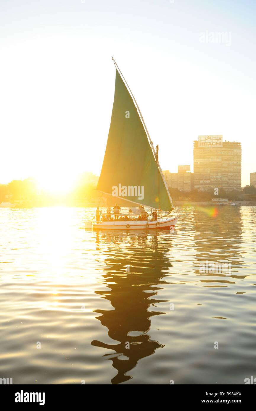 egypt-cairo-felucca-sailboat-on-the-nile